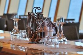 restaurant-561203_640