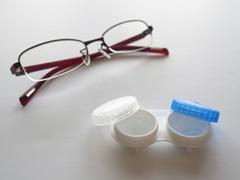 メガネとコンタクト3